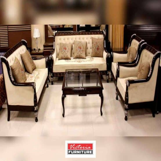 Classic Sofa Set with Table